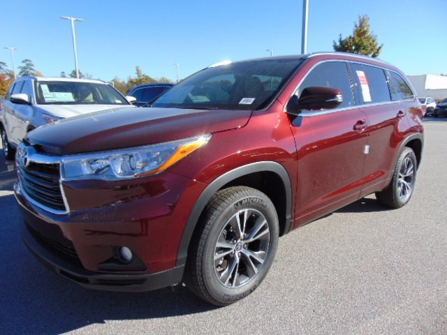 new 2016 toyota highlander xle v6 4d sport utility in columbia 168630 dick dyer toyota. Black Bedroom Furniture Sets. Home Design Ideas